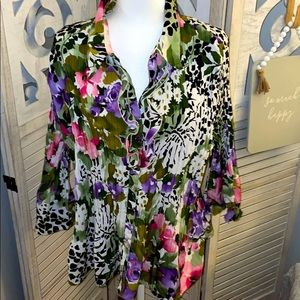 🍍🍍4 for $22 Apparenza floral blouse 3X
